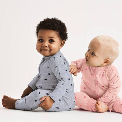 Pijama con cremallera rosa con estampado indio, , DIM